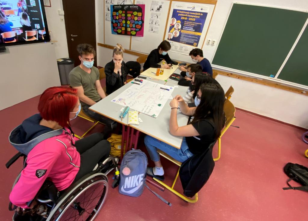 Delo mladih na posvetih v Ljutomeru in Murski Soboti (avtor: Zavod VOZIM)